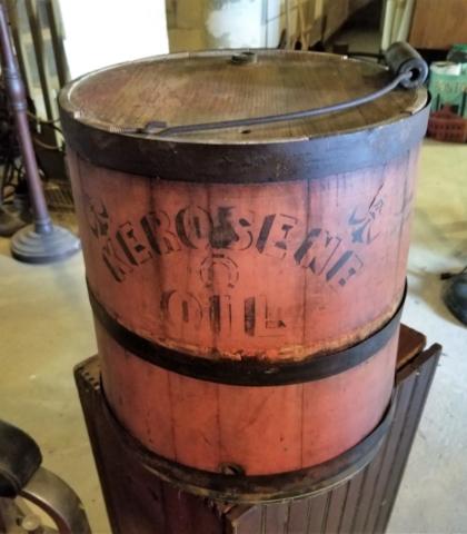 a Kerosene  Pail... what a beauty